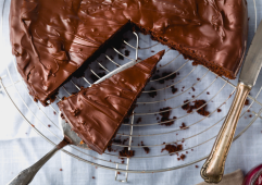 QUEQUE CON BETÚN DE CHOCOLATE - La mamá de Mey Grisly
