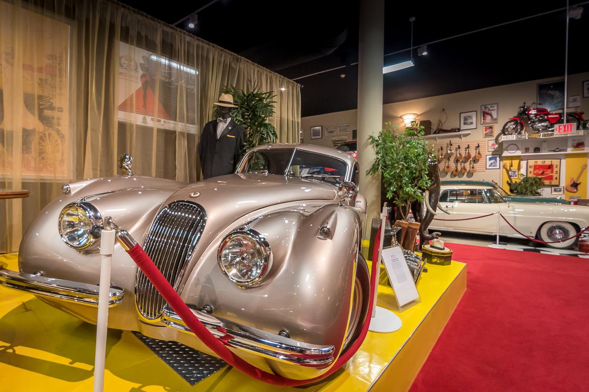 Cayman_Motor_Museum-4.jpg