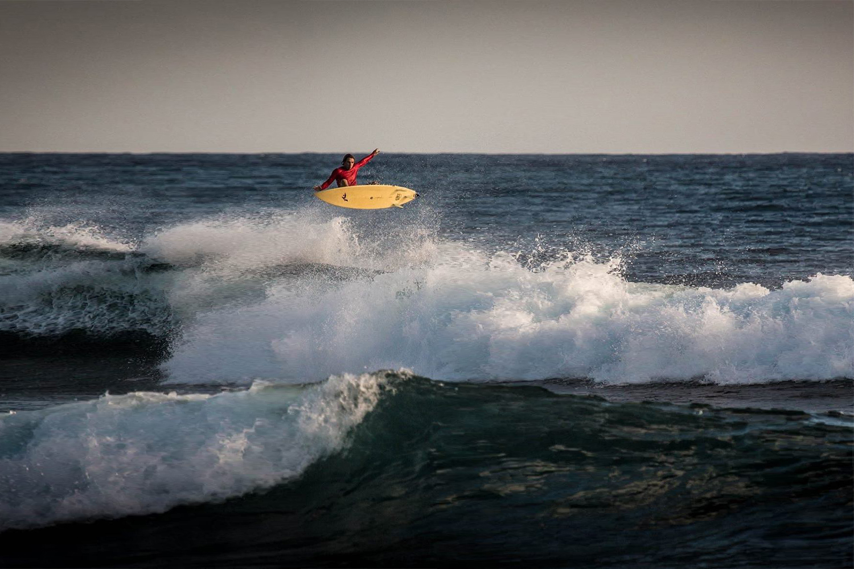 MICA_SURF.jpg