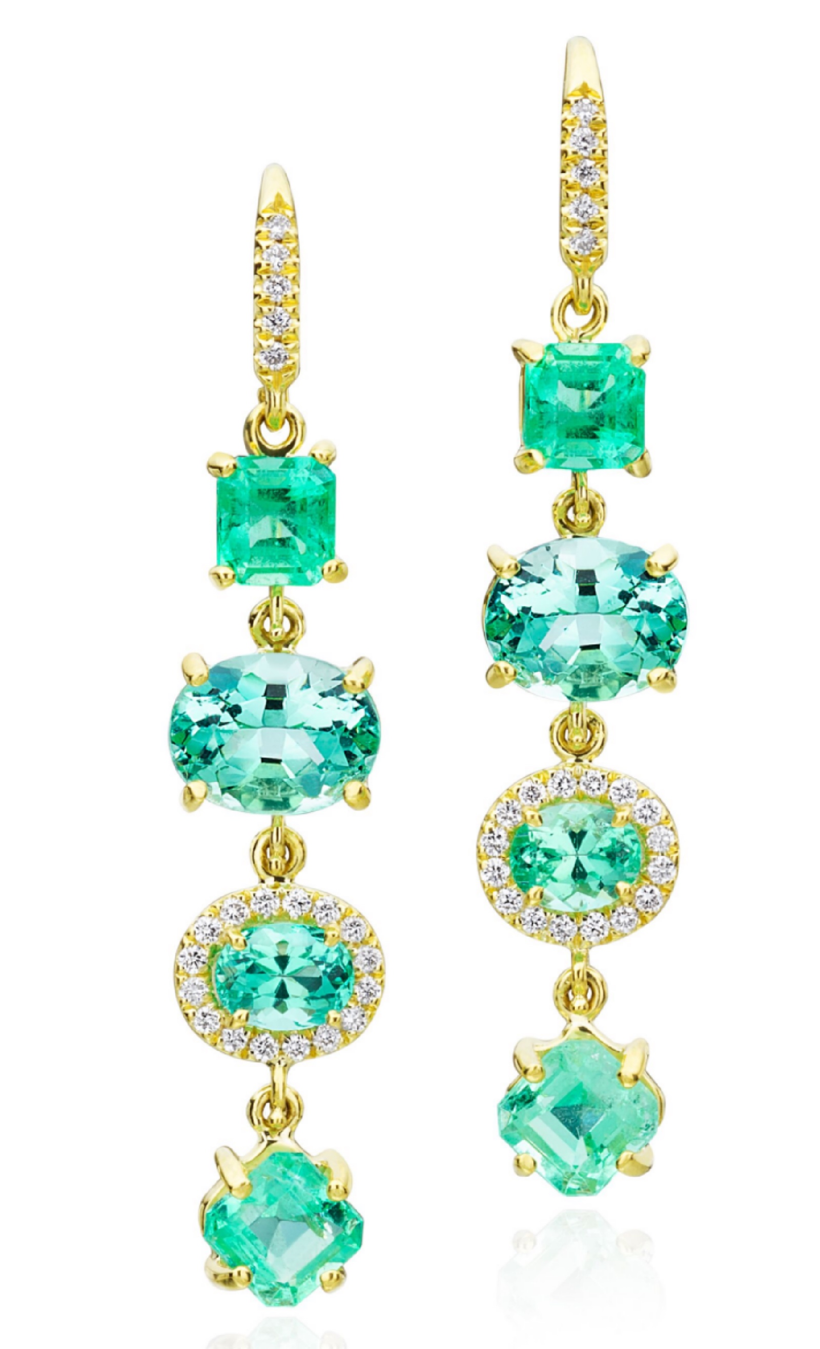 Gemma earrings with 6.69 ct. minty emerald and 0.29 ct. t.w. diamonds in 18K yellow gold