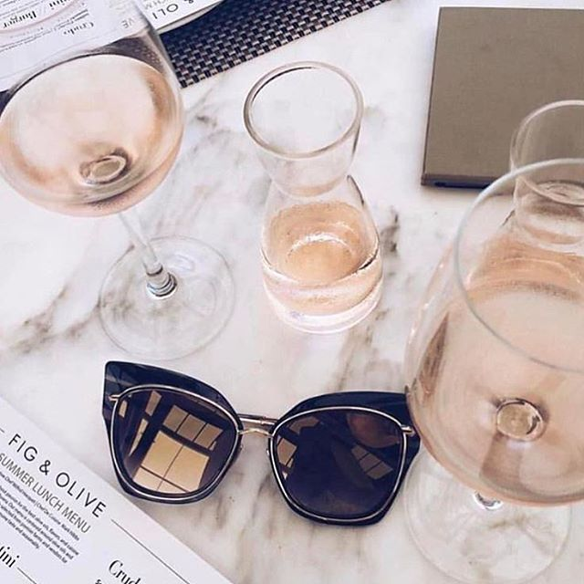 Oh #SummerFridays, how we will miss you. Hope everyone enjoys their #longweekend! 📷: @thesocialsociety