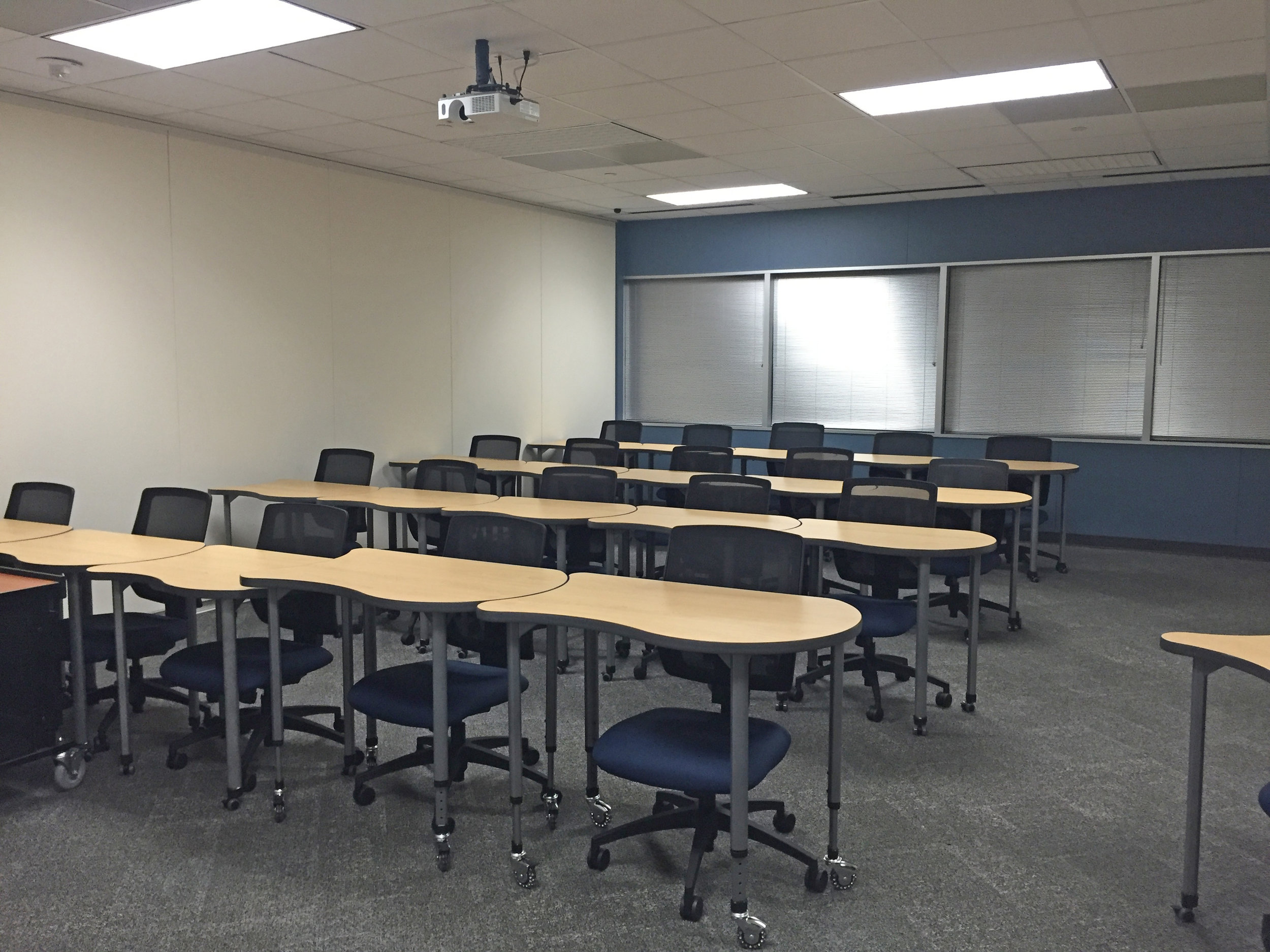 UH Solves Classroom Design Challenge with a Unique Table Solution
