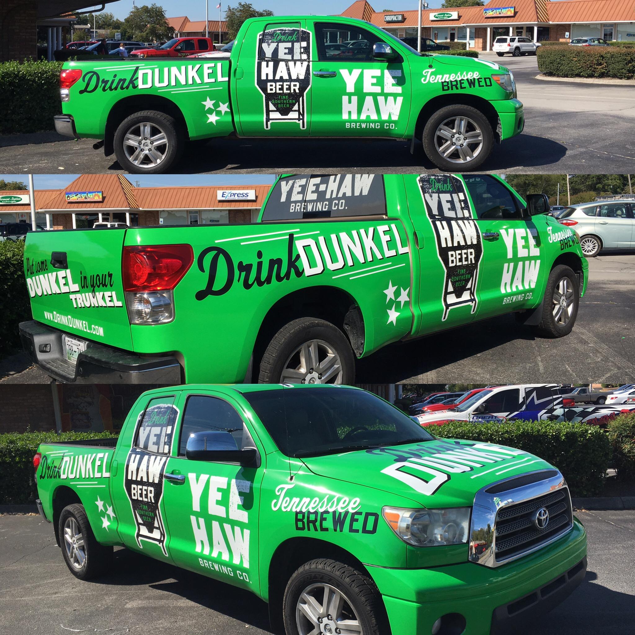 YeeHaw Dunkel Truck