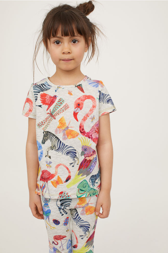 patterned_legging_and_t-shirt.jpg