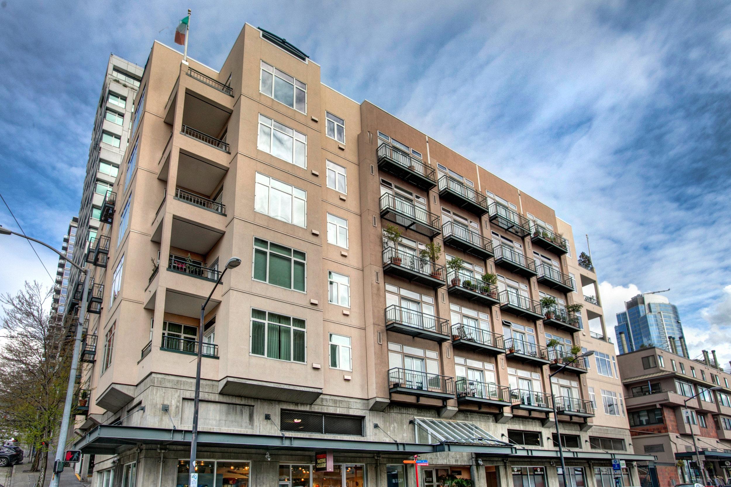 Market Court Condominium