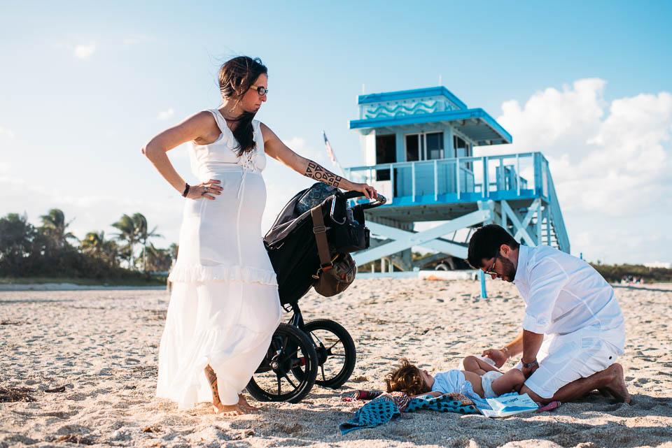 anna-liisa_nixon_photography_documentary_family_photographer_miami_beach_elopment (22 of 24).jpg