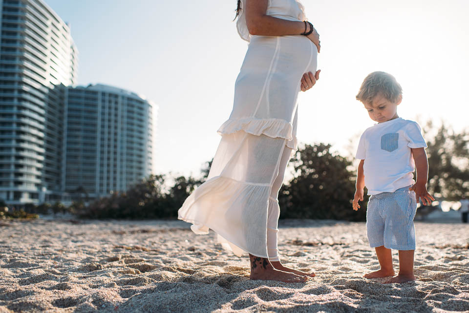 anna-liisa_nixon_photography_documentary_family_photographer_miami_beach_elopment (23 of 24).jpg