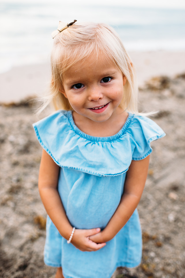 connecticut_family_photographer_beach_session (4 of 33).jpg