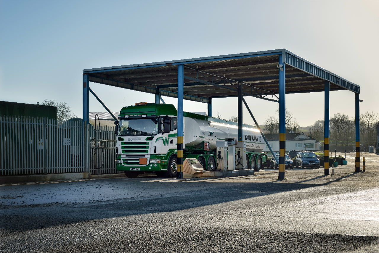 SITE FACILITIES - Tenants of Greendale Business Park benefit from a wealth of on-site amenities and facilities, including super-fast broadband; sustainably-sourced electricity (currently produced by the Park's AD plant); white and red diesel fuel and AdBlue pumps; 24-hour CCTV; out-of-hours security patrols; plant and machinery hire; and a fast and responsive on-site maintenance and building delivery team.