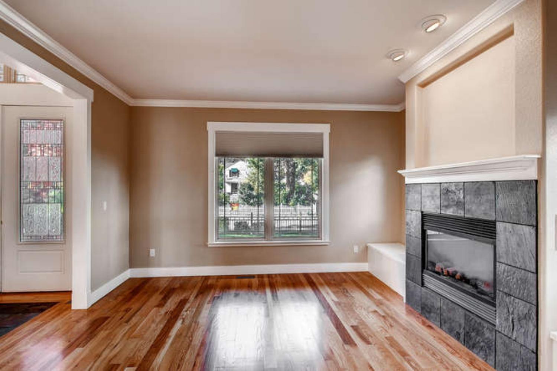 710 Magnolia-small-006-Living Room-666x444-72dpi.jpg