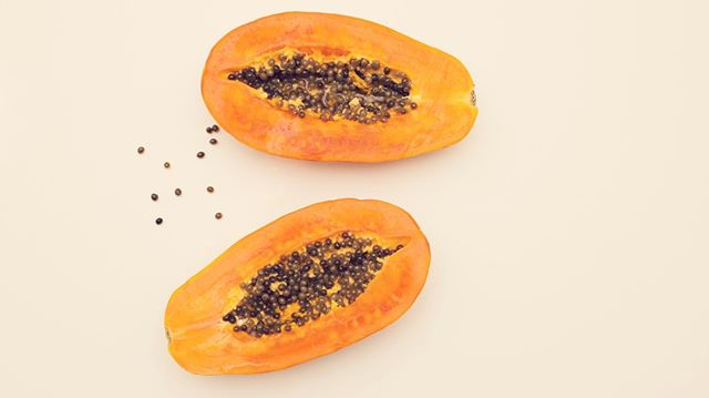 Whats in season?⁣ . . .⁣ Papayas!⁣ . . .⁣ Along with our other fruits and veggies we have mentioned in our previous posts, Papayas are a great digestive aid. It also helps with inflammation, strengthens the blood, enhances heart health and so much more!⁣ .⁣ .⁣ .⁣ .⁣ #CrownAndBliss #SelfLove #Empowerment #Beauty #Woman #Power #Mind #Body #Soul #SelfGrowth #Unity #Confidence #WomenSupportingWomen #WomenShould #Equality #LadyBoss #GirlsCount #Fruits #April #Spring #Papayas