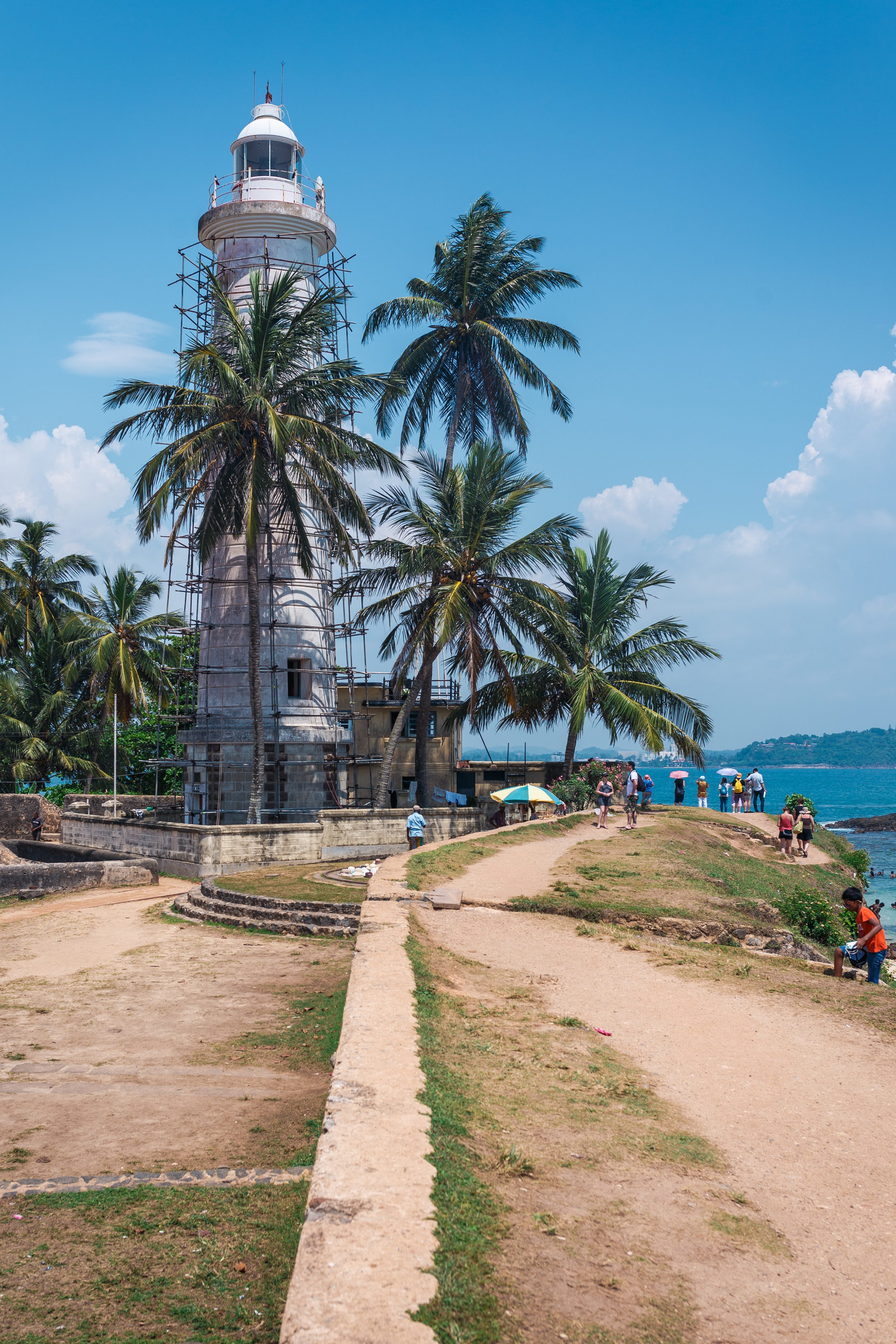 The lighthouse marking the coastline in front of Galle Fort.