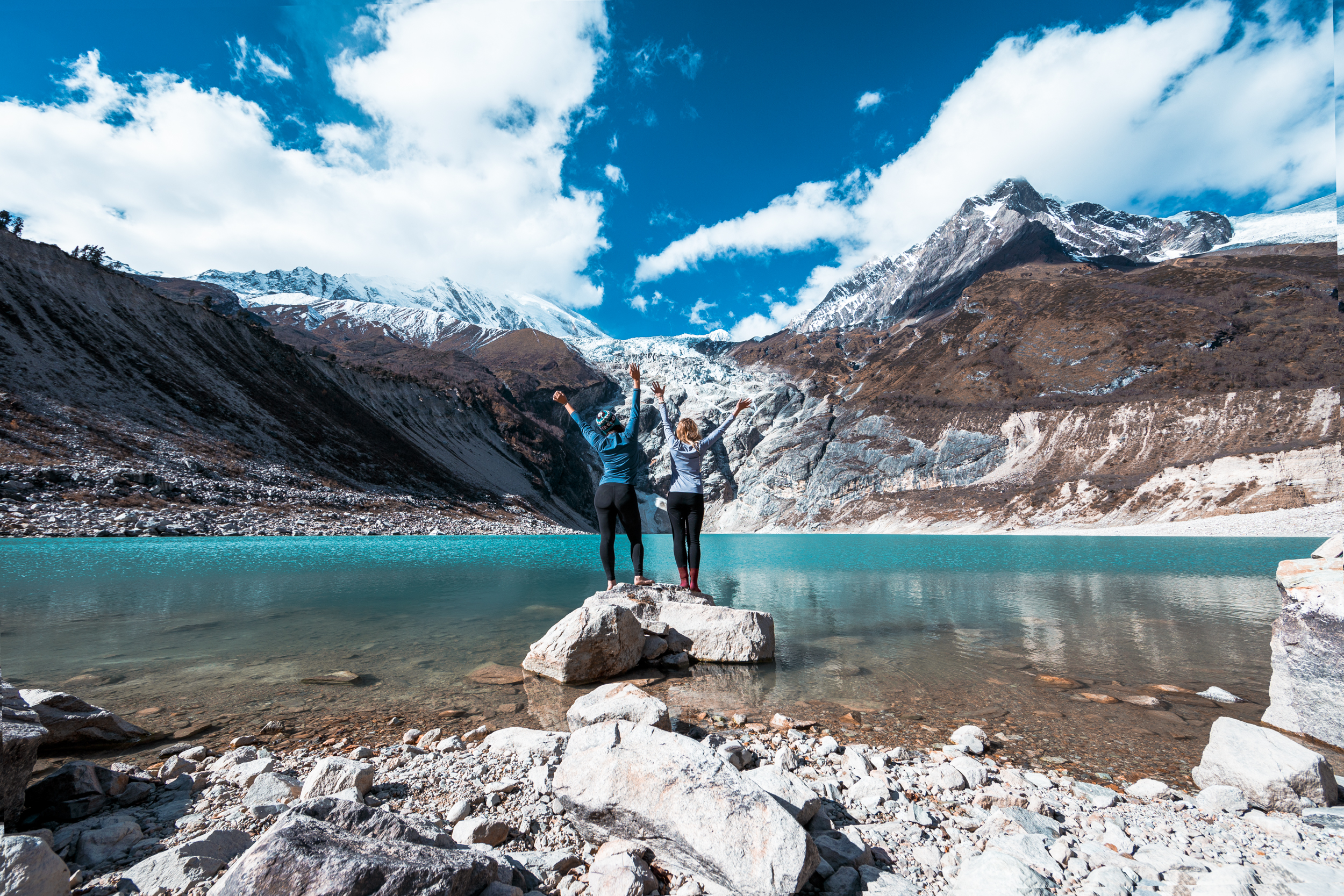 nepal-alpine-lake