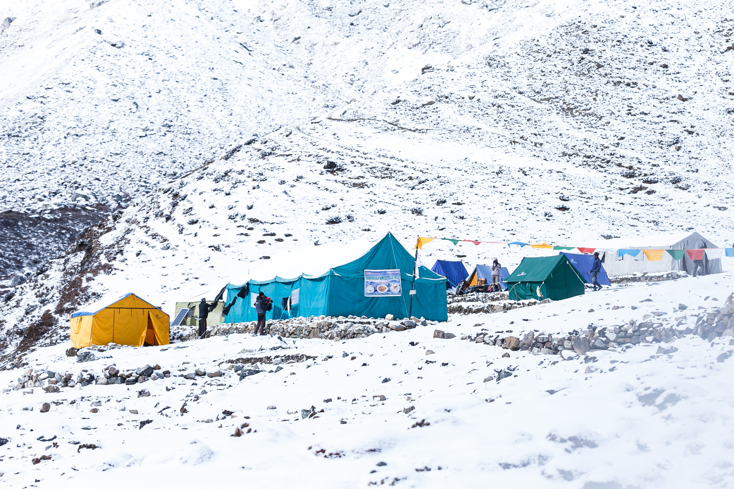 A tent camp at Dharamsala (4,400 m) on the Manaslu Circuit.