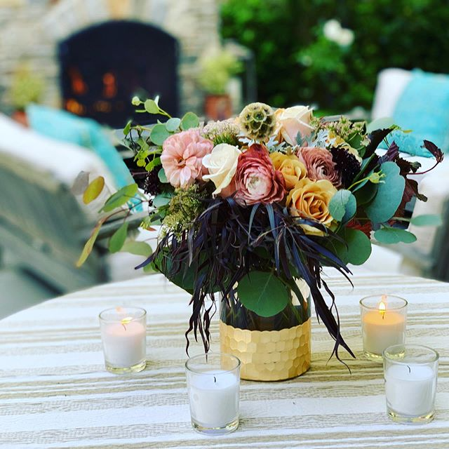 ...moody Wednesday pick me up. . . . @latavolalinen @marketaevents @brighteventrentals