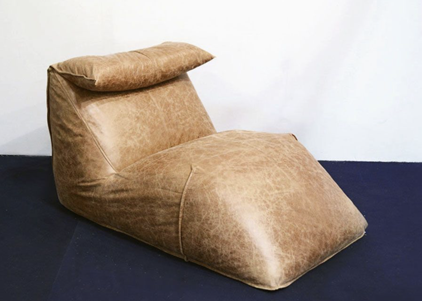 Le Bambole Leather Chaise Lounge by Mario Bellini for B&B Italia, 1970s