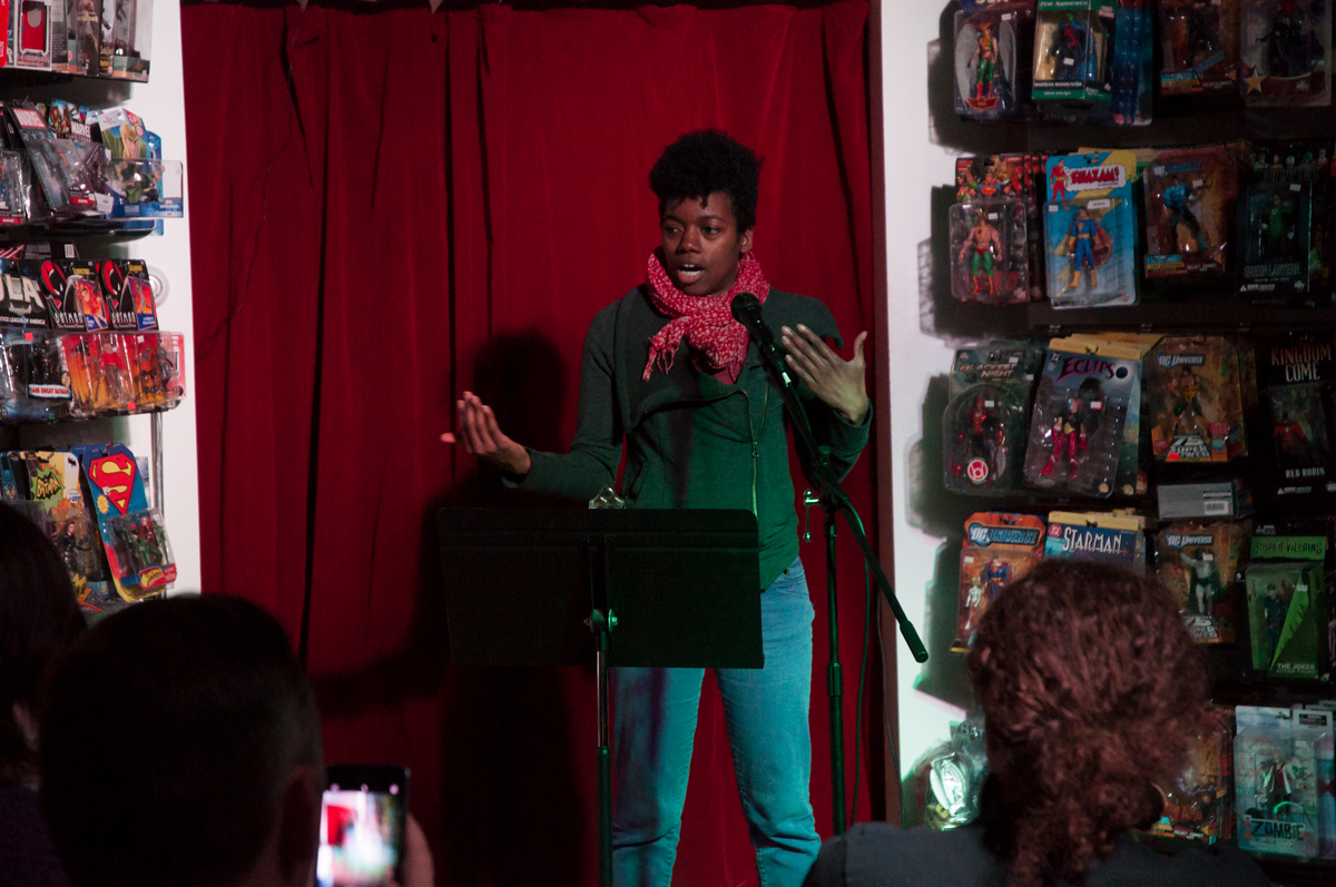 Phoebe performing at Fan Fiction Theater 2018 photo credit Imbrogna Photo