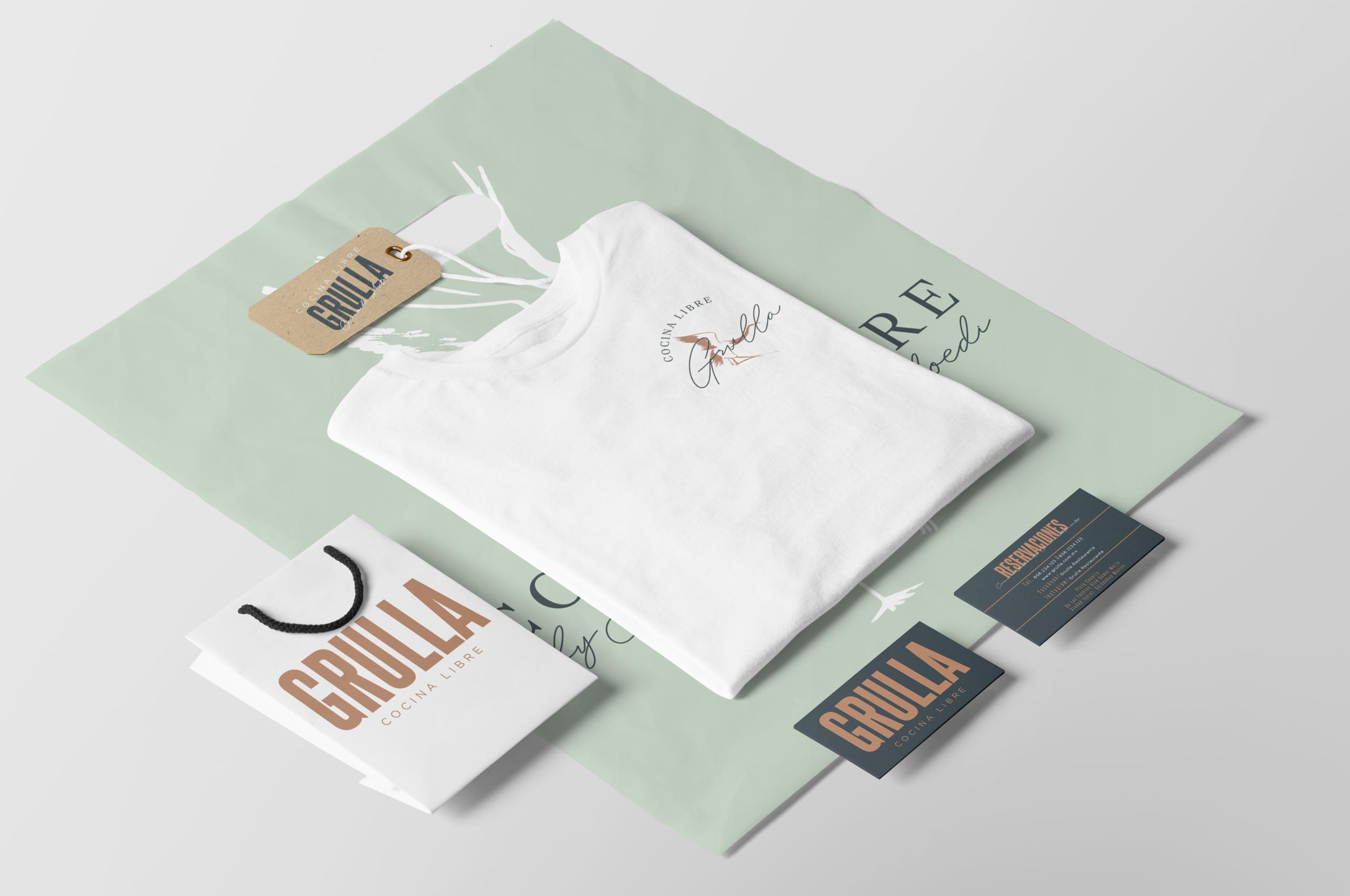 05+Clothing+and+T-Shirt+Mockup.png