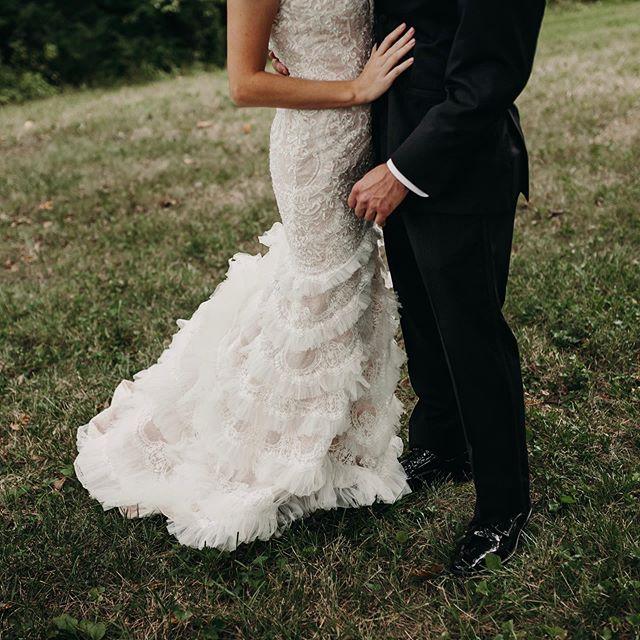 Double post because idc and I'm still obsessed with Noelle's wedding dress (and wedding day) ✨ . . . #ohioweddingphotographer #wedohio #midwestlovestories #bridesofinstagram #theknot #ohiobrides #cincinnatiweddings #weddingphotography #authenticlovemag #loveandwildhearts #midwestweddingphotographer #cincinnatiweddingphotographer  #weddingphotographer #junebugweddings #photobugcommunity #chasinglight #portraitmidwest