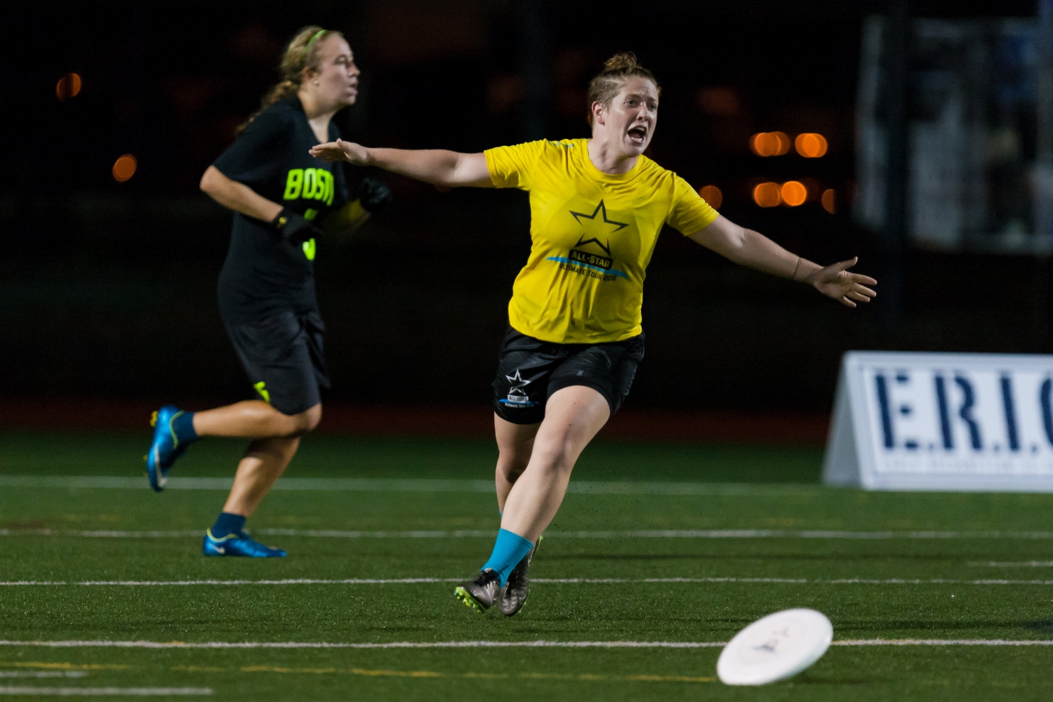Shofner celebrates a score in the  All Star Tour  game against  Boston Brute Squad  in 2016. (Burt Granofsky,  UltiPhotos )