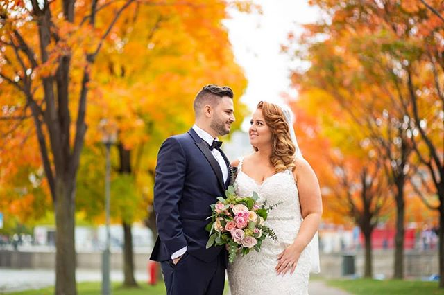 Wedding season 2018 was an important year for me. It was the most booked ever with Amber and Alex being my 11th couple of the season. It was a beautiful fall day and let me conclude my wedding season on a high note 😊🍁