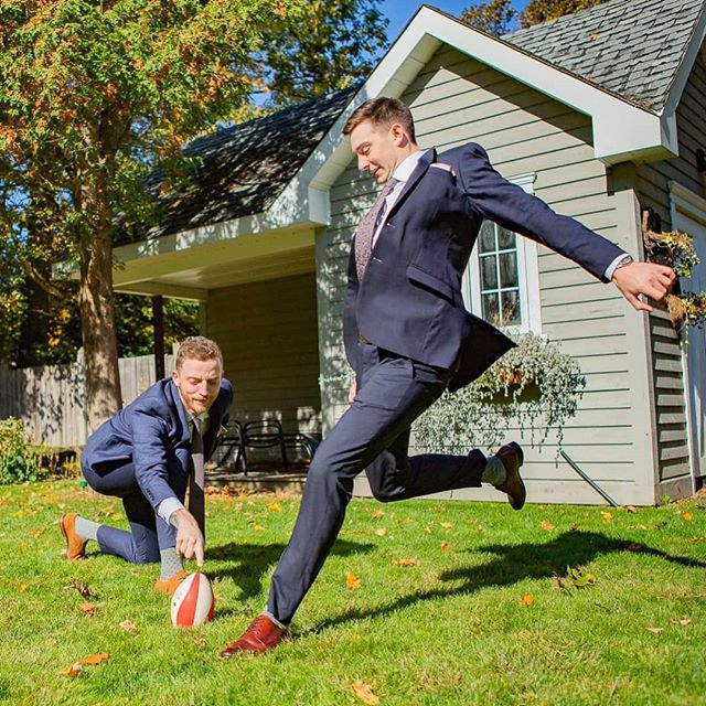 Sometimes at weddings, I get to do things a bit differently than usual... 😅 Like here, where the groom and groomsmen decided to play a game of football in their suits.  It was pretty epic!  I'm undecided between color or black and white on this shot. Curious to know which you prefer? Let me know, down below 🙃👇 . . . . . . #wedding #photography #candid #actionshot #suits #football #groom #groomsmen