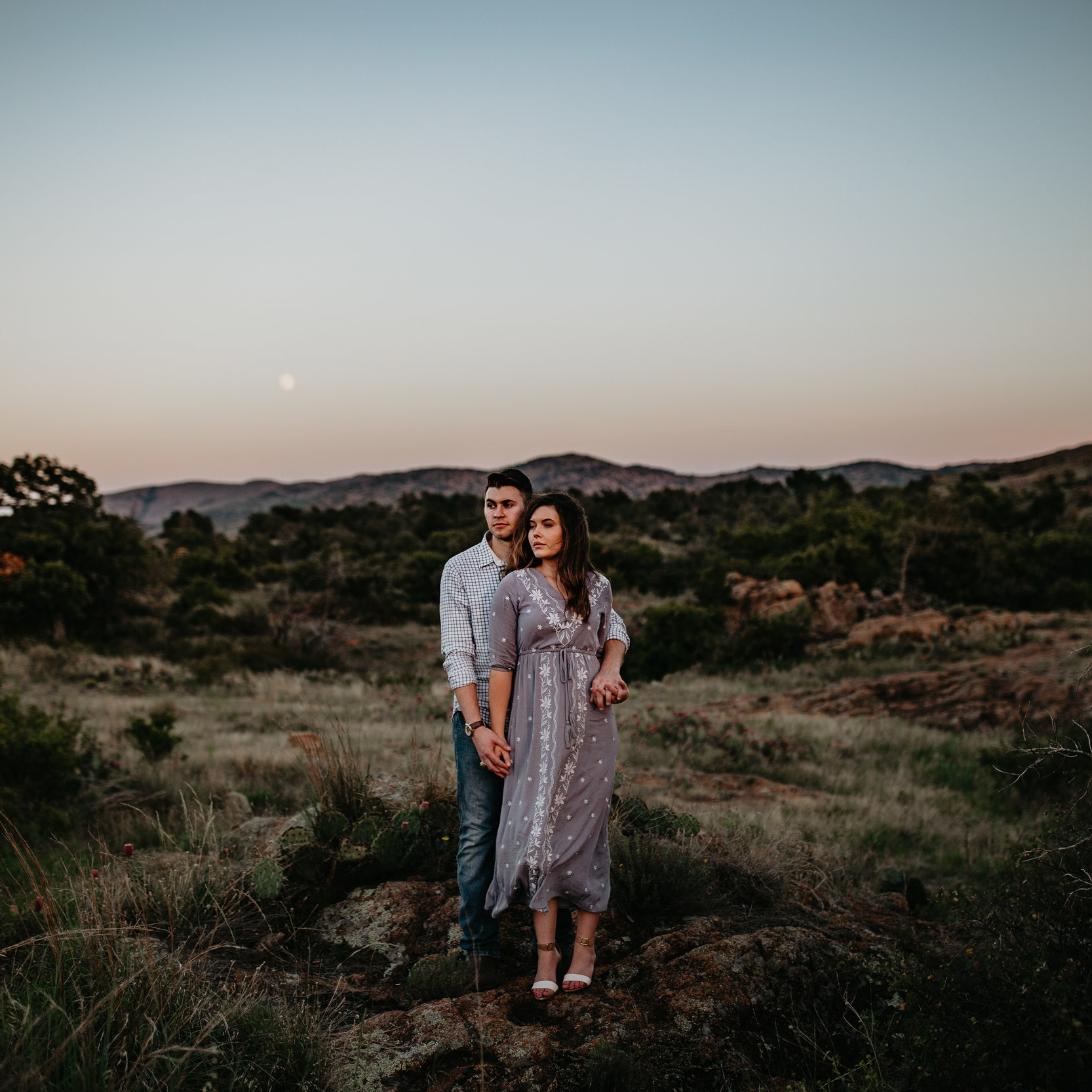Couples | - Perfect for any couples! Newly engaged, casual in-home session, Valentine's or Birthday gift… the options are endless!$3501 Hour2+ Outfits1-2 LocationsDigital Album