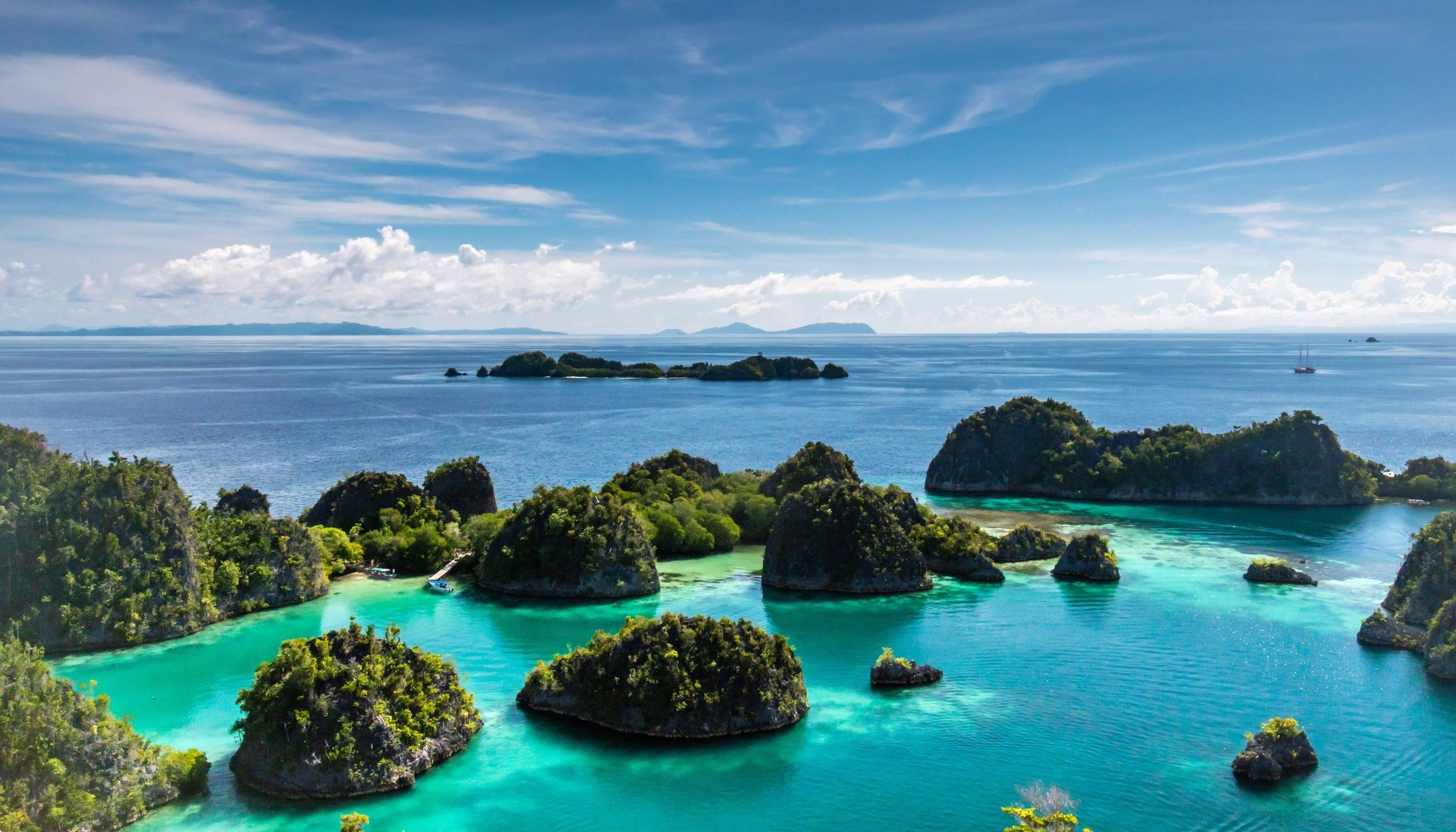 Raja Ampat: Paradise Islands -
