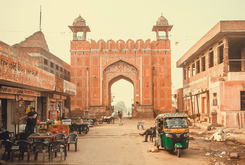 jaipur street with decorated ancient gate