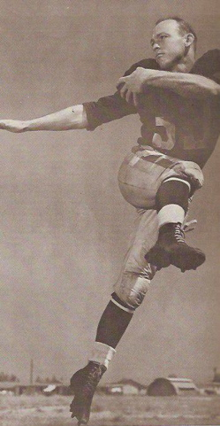 Jerry Williams '42 Pro Football Player