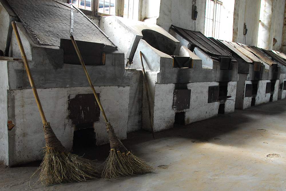 Drying ovens at Xitou processing centre web.jpg