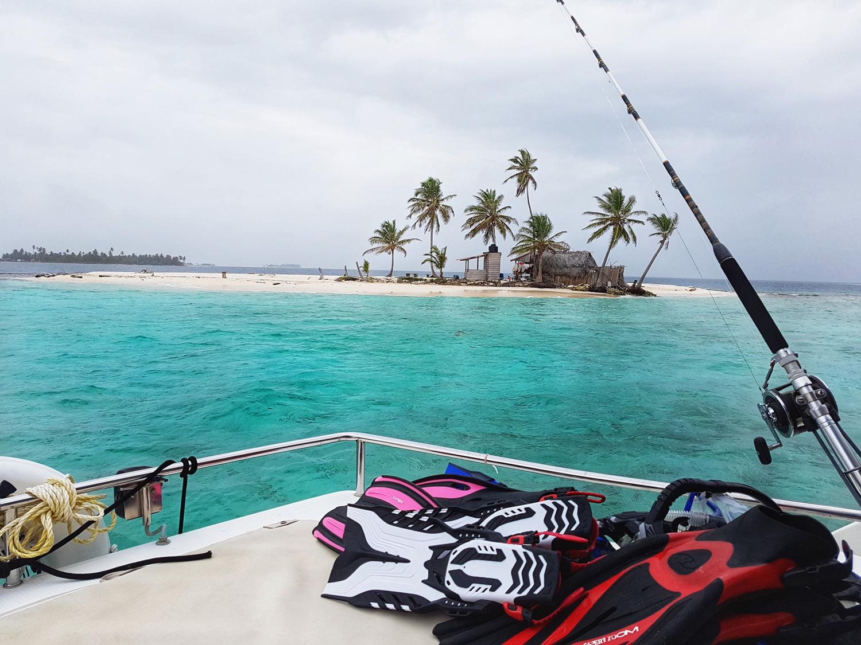 island_fishinggear_snorklinggear_photo_claudia.jpg