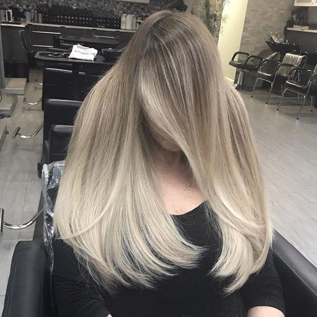 Who loves a nice blanket of hair!!! I do !! 🤪🤩 nice soft ash beige balayage ! @mastersofbalayage @balayageartists @balayageombre @kenraprofessional @behindthechair_com @modernsalon