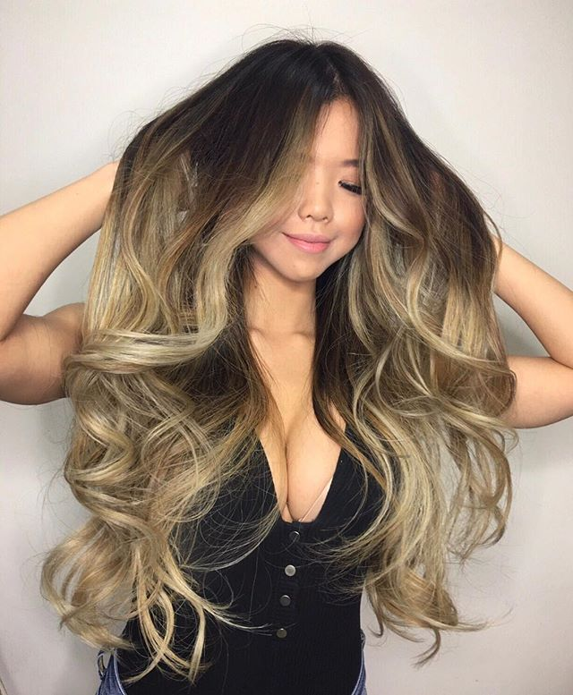 All natural no extensions. Who wishes they had hair this long and full ? @love_jingjing you will always be #hairgoals #prettygang