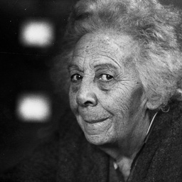 Gladys Elphick 2.jpg