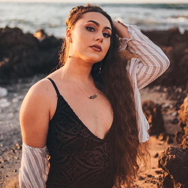 The beautiful @kisa_tiva in a couple of our newest pieces, created by @lvcjewelry ✨. . Featured Pieces: The Bianca Necklace & Astrid Earrings . Keep an eye out, all jewelry pre-orders will be mailed out at the end of this week! Tracking numbers will be sent out via email. Happy Aloha Tuesday!