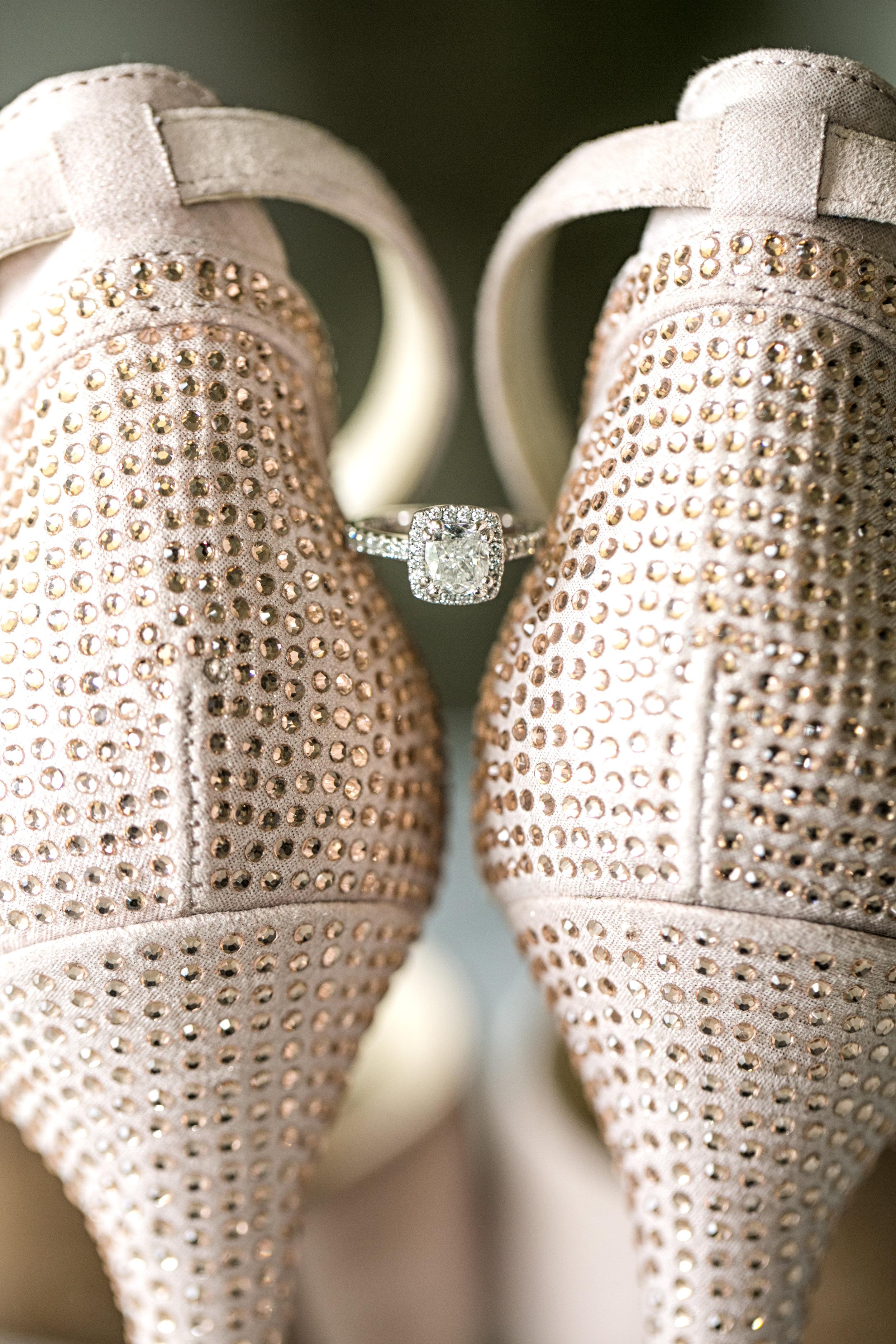 Ring_Details_Wedding_EngagementRing-Sarkis-Studios.jpg