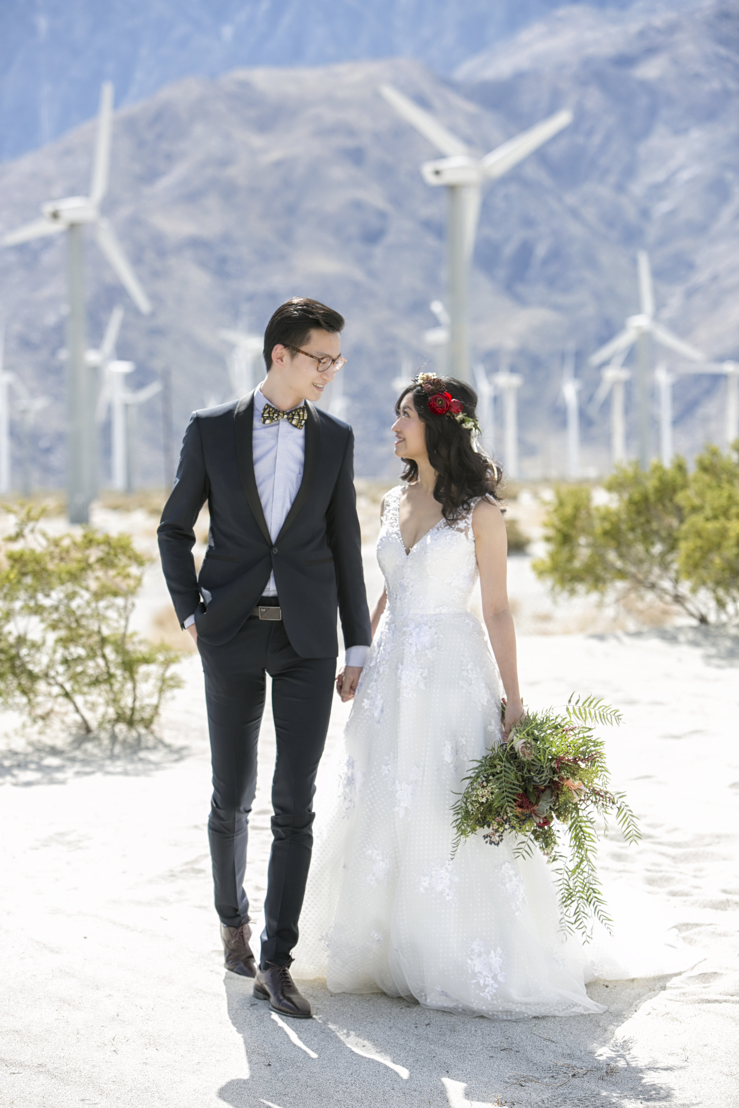 SARKIS_STUDIOS_PALM_SPRINGS_WEDDING_COUPLE.jpg