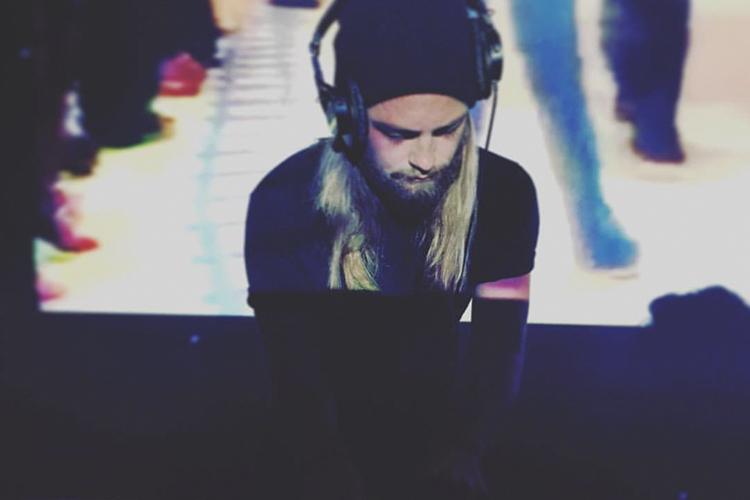 D!Y - DJ SET