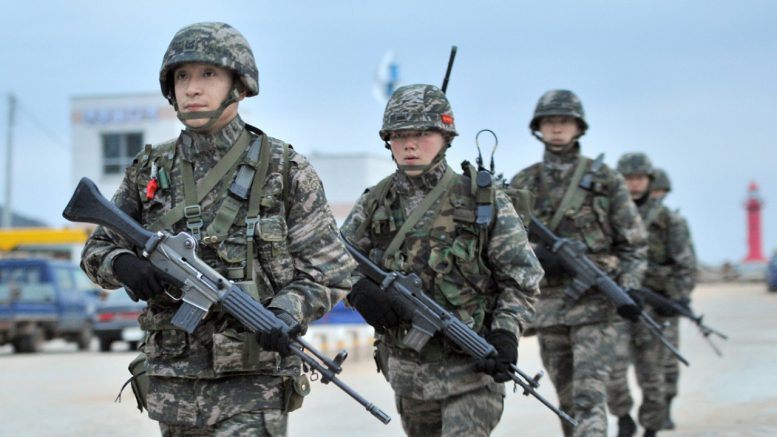 southkoreansoldiers-777x437.jpg
