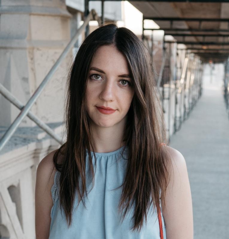 Annia - Portrait2jpg.jpg
