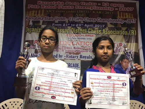 Renganayaki and Smriti places 11th & 12th place in the U13 Girls Chess Championship 2017