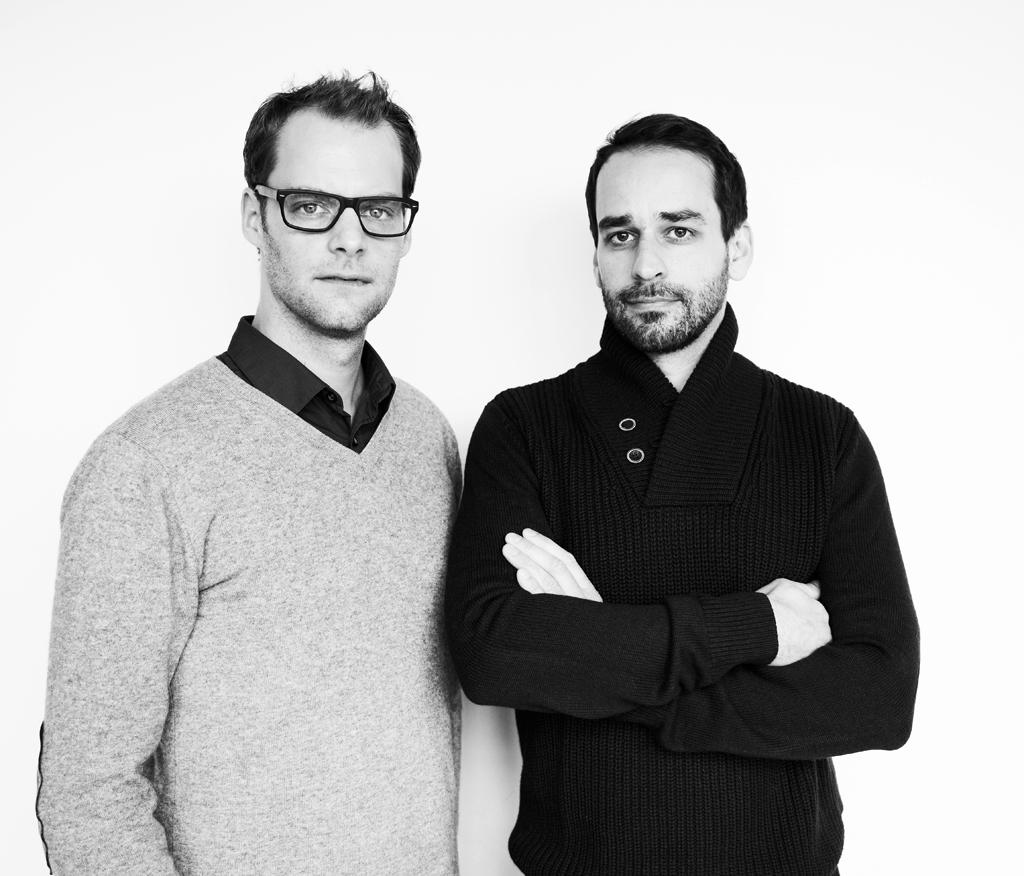 Böttcher +Henssler - Designstudio böttcher + henssler baserad i Berlin grundades 2007 av designerna Moritz Böttcher och Sören Henssler. Studion arbetar inom produkt-, interiör- och kommunikationsdesign. De samarbetar med företag som ANTA, Böwer, Scantex och Vertigo Bird. För närvarande har de två formgivarna byggt upp en portfölj med fokus på konsumentprodukter, möbler och inomhus belysning.Medan de studerade fick de 2005 iF product design award och Red dot design award. Bekräftelserna fortsatte 2010 med priset