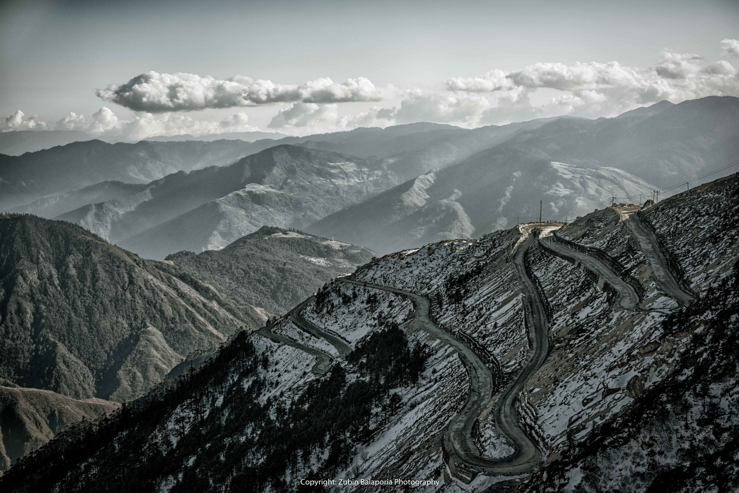 The Road to Sela Pass (C)