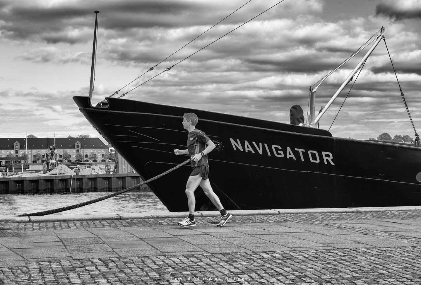 Navigator Runner 02