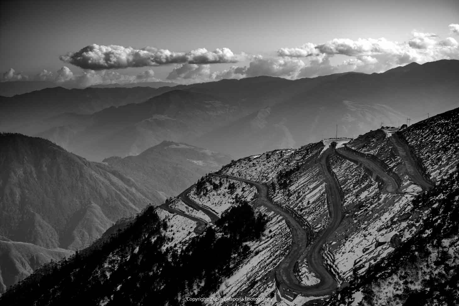The Road to Sela Pass