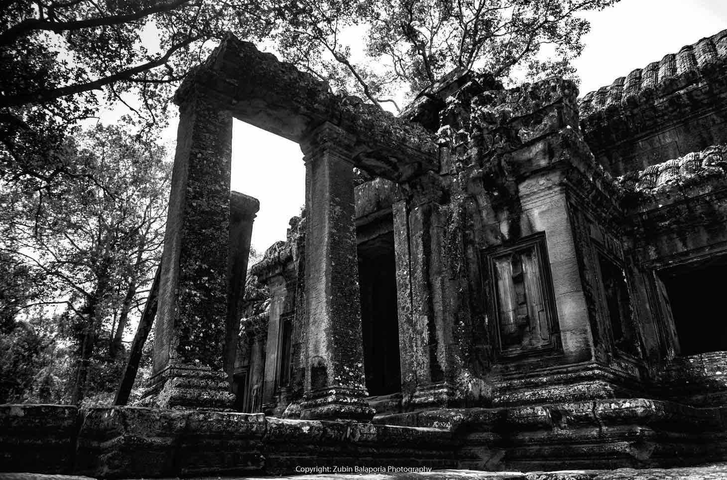 LACAM - AW Temple 20 BW.jpg