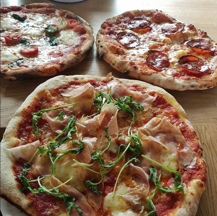 ConAmore_Pizza.jpg