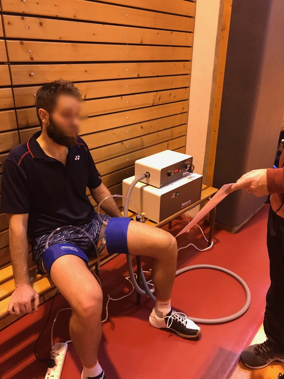 Blow flow restriction during recovery to prevent muscle damage -