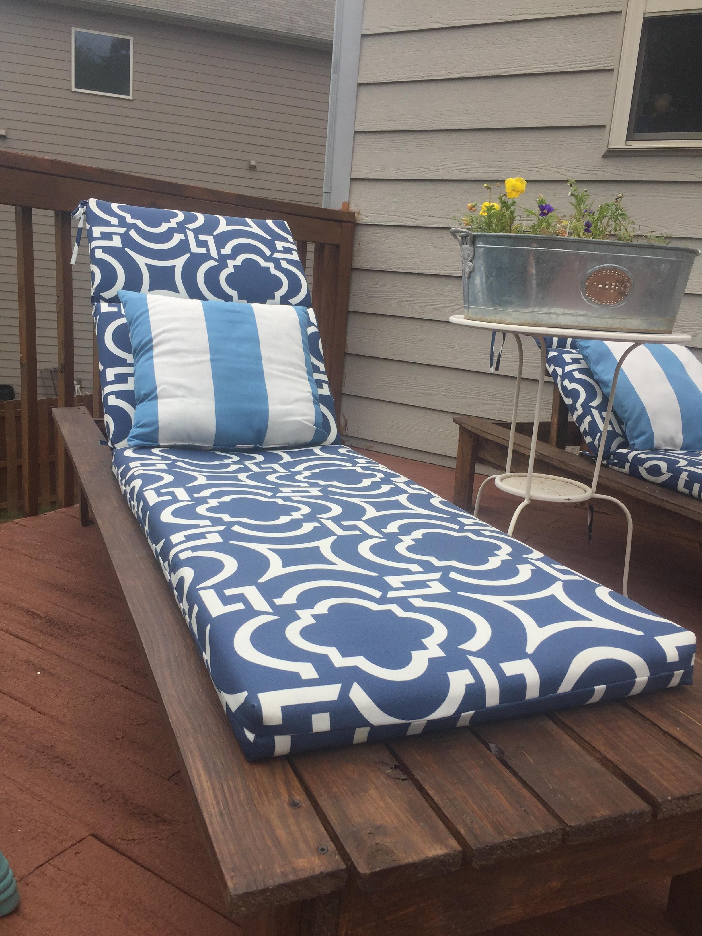 DIY Outdoor Loungers